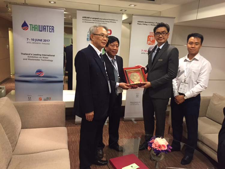 872/Lãnh đạo VWSA tham dự Triển lãm Ngành nước Thái Lan
