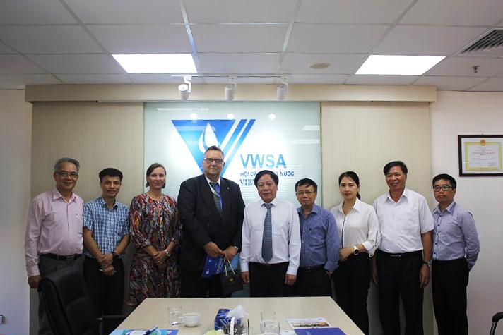 1317/Gặp gỡ đại diện Đại sứ quán Phần Lan tại Hà Nội