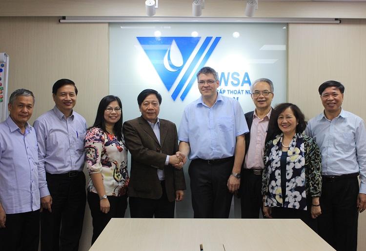 1511/Giám đốc TVET tới thăm và làm việc với Hội CTN VN