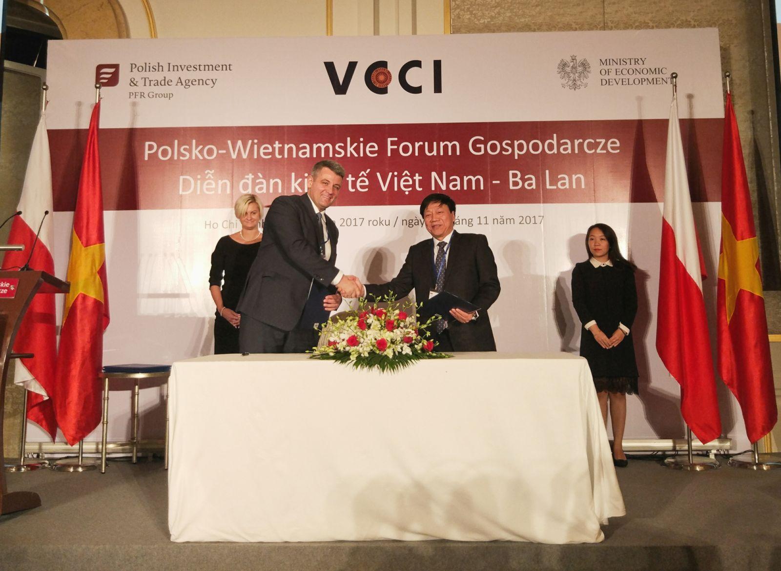 Xúc tiến hợp tác ngành nước Việt Nam - Ba Lan