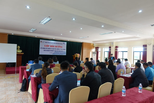 1464/Training Course on Cost and Finance management for companies after privatisation, Lai Chau 1-2 November 2018