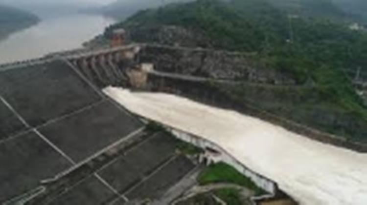 1208/Đảm bảo an toàn hồ, đập mưa lũ đầu mùa