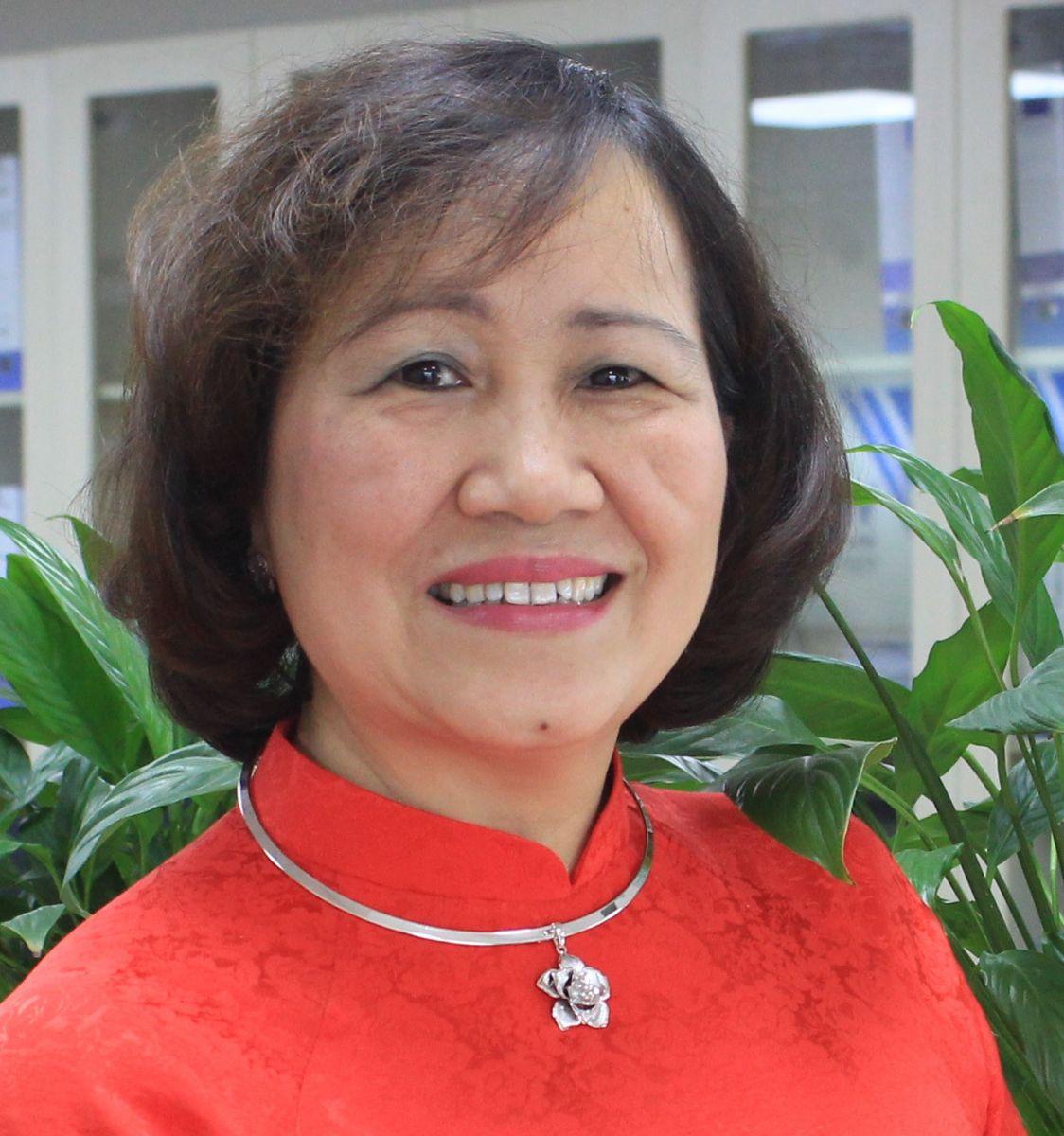 Bà Hạ Thanh Hằng - Ủy viên BTV
