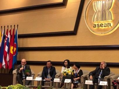 """1215/Chương trình hợp tác đào tạo nghề """"Kỹ thuật thoát nước và xử lý nước thải"""" chia sẻ kinh nghiệm thành công trong khối ASEAN"""