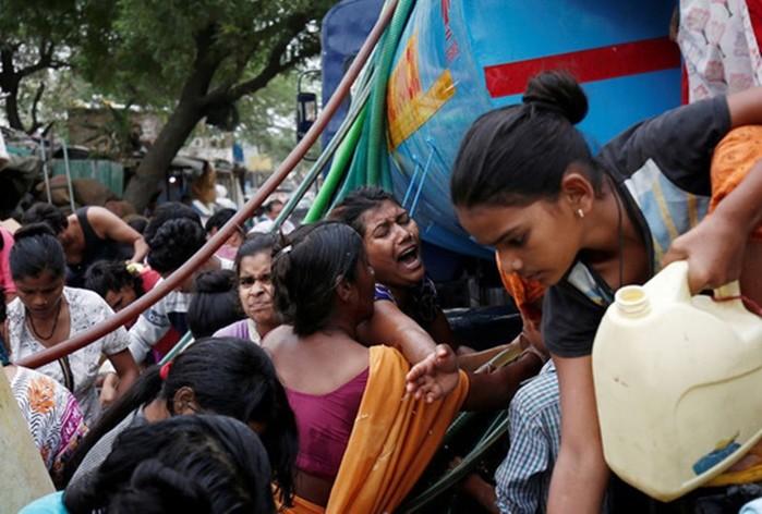 1227/Ấn Độ: Giết nhau vì khủng hoảng nước