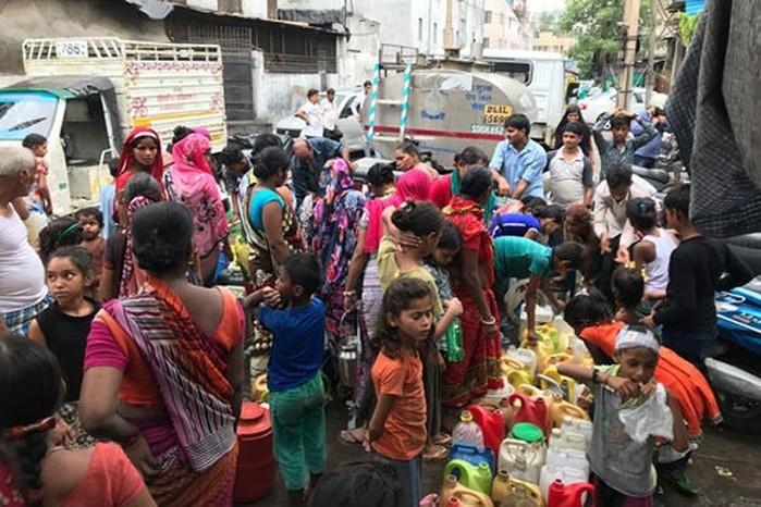 1329/Hậu quả khó lường từ khủng hoảng nước sạch ở New Delhi