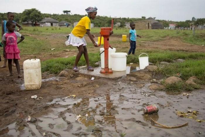 1290/Thiếu nước làm tăng tính dễ bị tổn thương đối với biến đổi khí hậu và khan hiếm nước