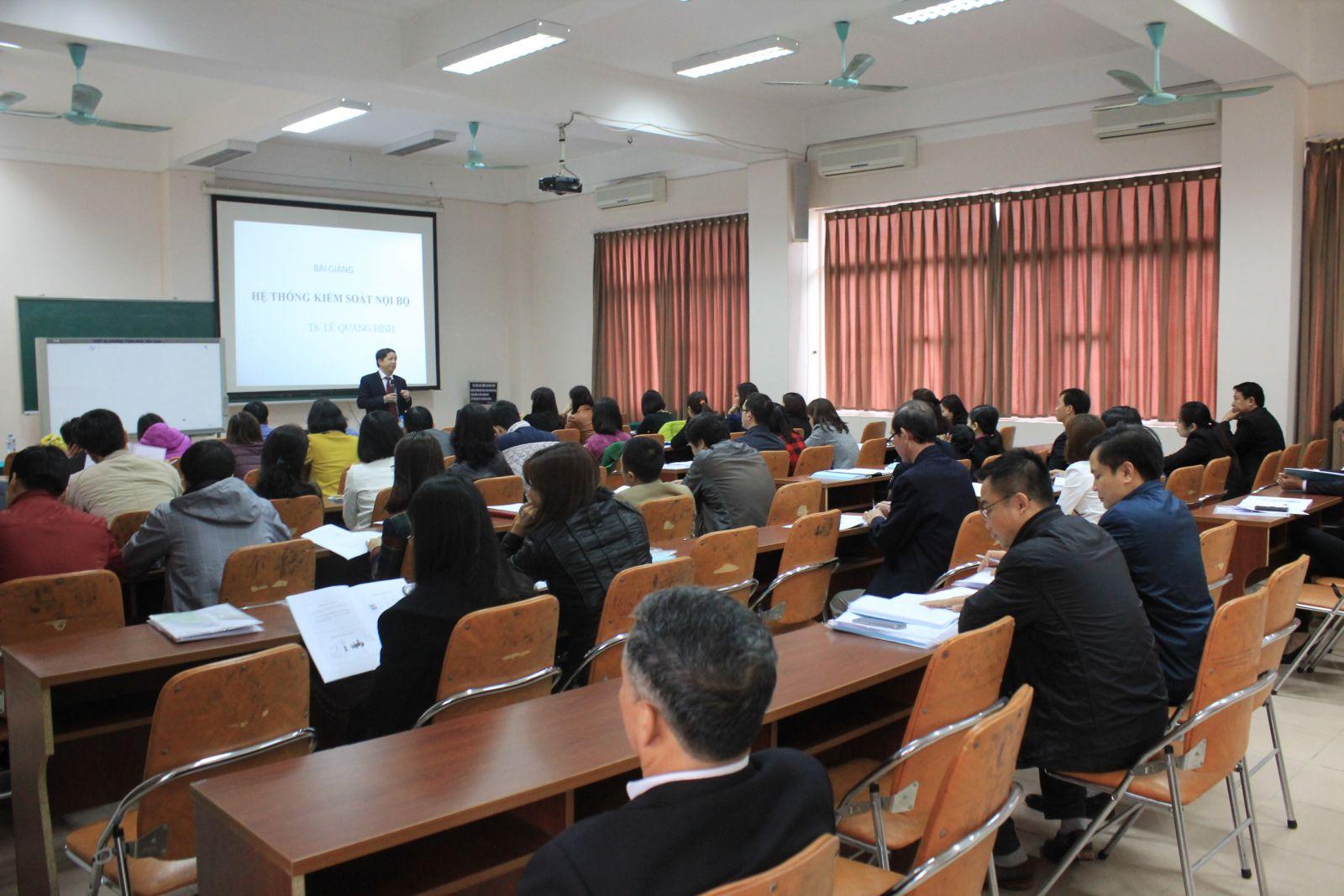 823/VWSA: Tiếp tục các chương trình đào tạo nâng cao chất lượng nguồn nhân lực