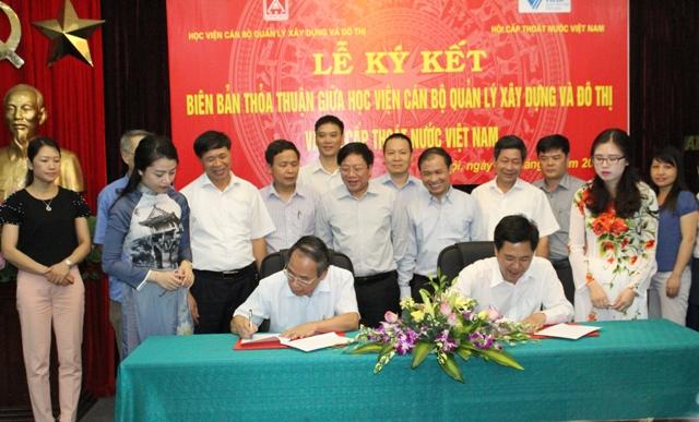 589/Lễ ký Biên bản thỏa thuận hợp tác giữa Học viện Cán bộ quản lý xây dựng & đô thị và Hội Cấp thoát nước Việt Nam