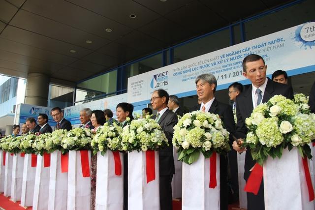 615/KHAI MẠC VIETWATER 2015 VÀ RE & EE VIETNAM 2015: Triển lãm quốc tế lớn nhất về ngành Cấp thoát nước và năng lượng tại Việt Nam