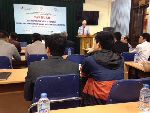 "716/Training course on ""Management on sewerage and wastewater treatment"" in Hai Phong"