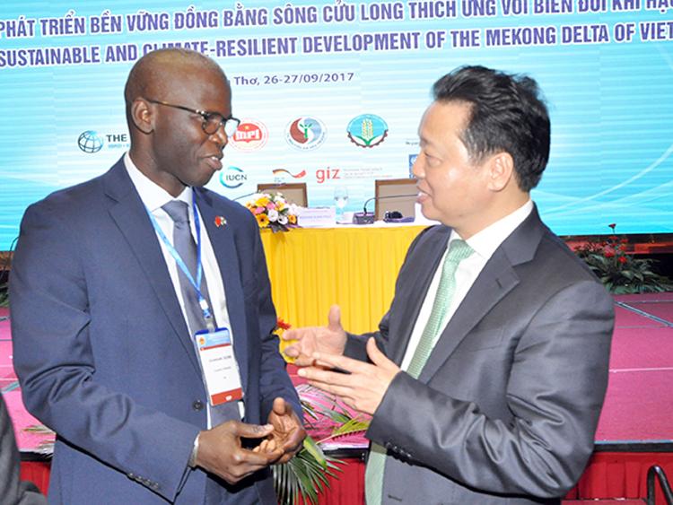 956/Cộng đồng quốc tế luôn hợp tác chặt chẽ với Việt Nam vì sự phát triển của ĐBSCL