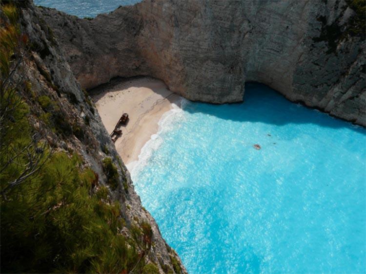 1061/Ngắm những bãi biển nước sạch nhất thế giới