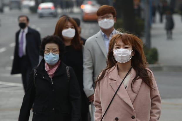 1825/Khí thải CO2 toàn cầu giảm mạnh từ khi có dịch COVID-19
