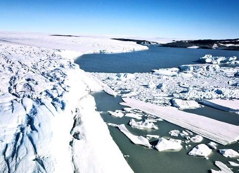 1904/Biến đổi khí hậu: Sông băng Greenland thu hẹp kỷ lục