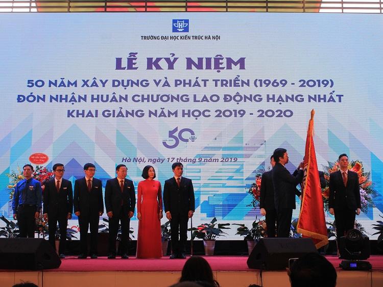 Đại học Kiến trúc Hà Nội: Kỷ niệm 50 năm xây dựng và phát triển