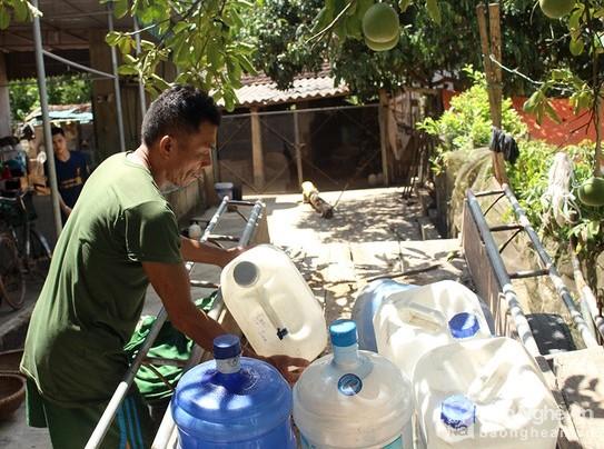 2114/Nghệ An: Hơn 17.000 hộ dân thiếu nước sinh hoạt trầm trọng