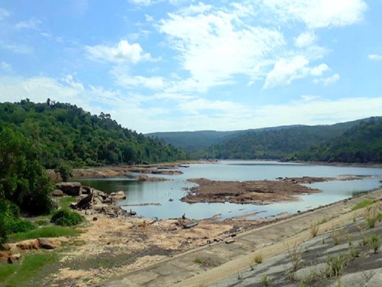1591/Hồ trữ nước ngọt Phú Quốc sắp cạn, chính quyền kêu gọi tiết kiệm nước