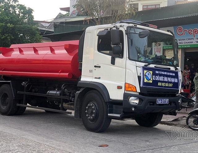 2110/Hạn nặng, Quảng Ninh phải điều xe chở nước ''cứu khát'' nhà hàng