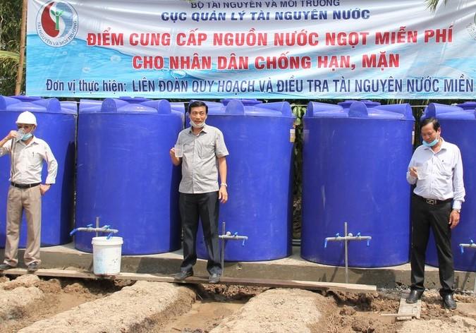 Hơn 4.000 hộ dân ở Bạc Liêu được cấp nước ngọt miễn phí