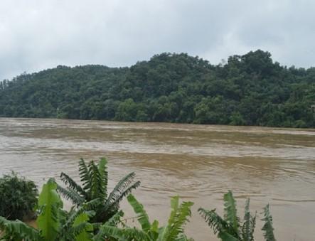 2162/Nước trên sông Thao tiếp tục lên