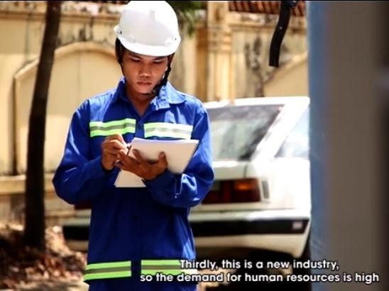 Chàng trai tâm huyết với nghề Xử lý nước thải/ A Guy passionate about wastewater treatment technology